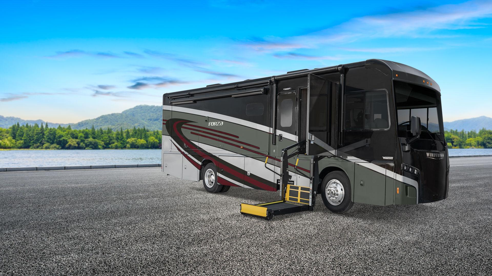 /Files/Images/Winnebago/Products/2020/Forza-AE/FZ-AE-Banners-Web-20.jpg