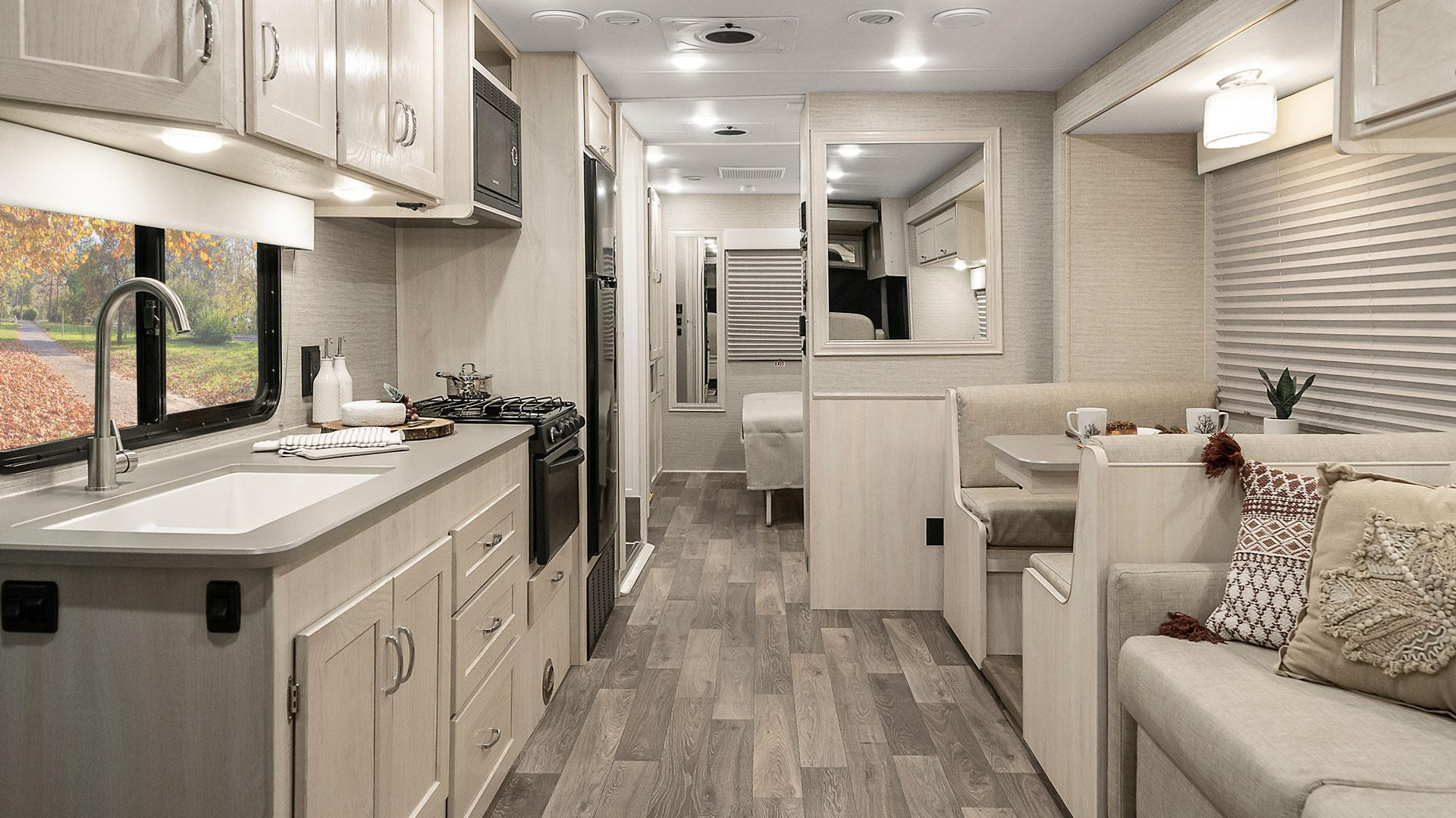 /Files/Images/Winnebago/Products/2020/Intent-AE/ITAE-F2B-20.jpg