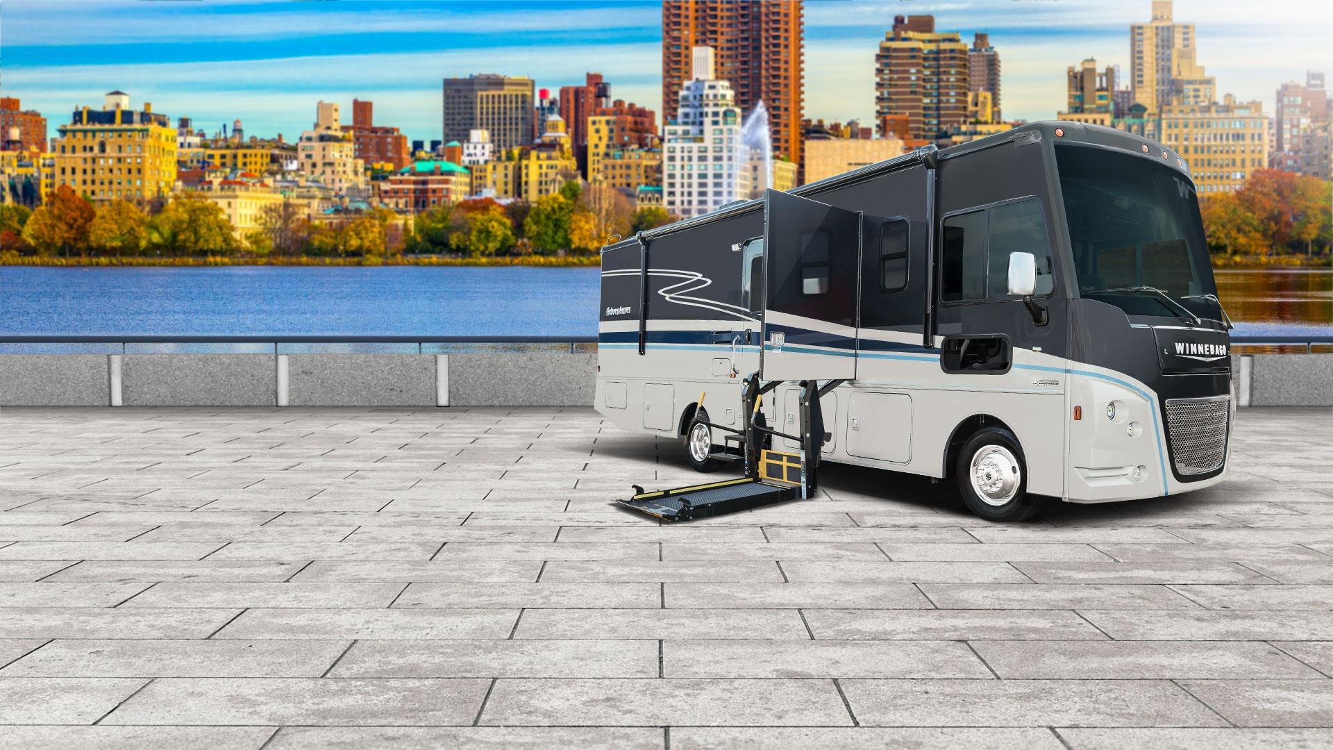 /Files/Images/Winnebago/Products/2020/adventurer-ae/AD-AE-Banners-Web-20.jpg