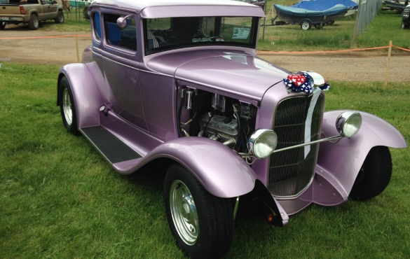 Old purple car.