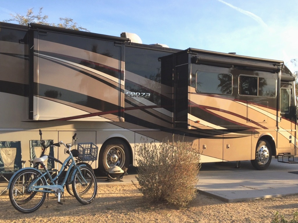 Winnebago Forza parked with bikes outside