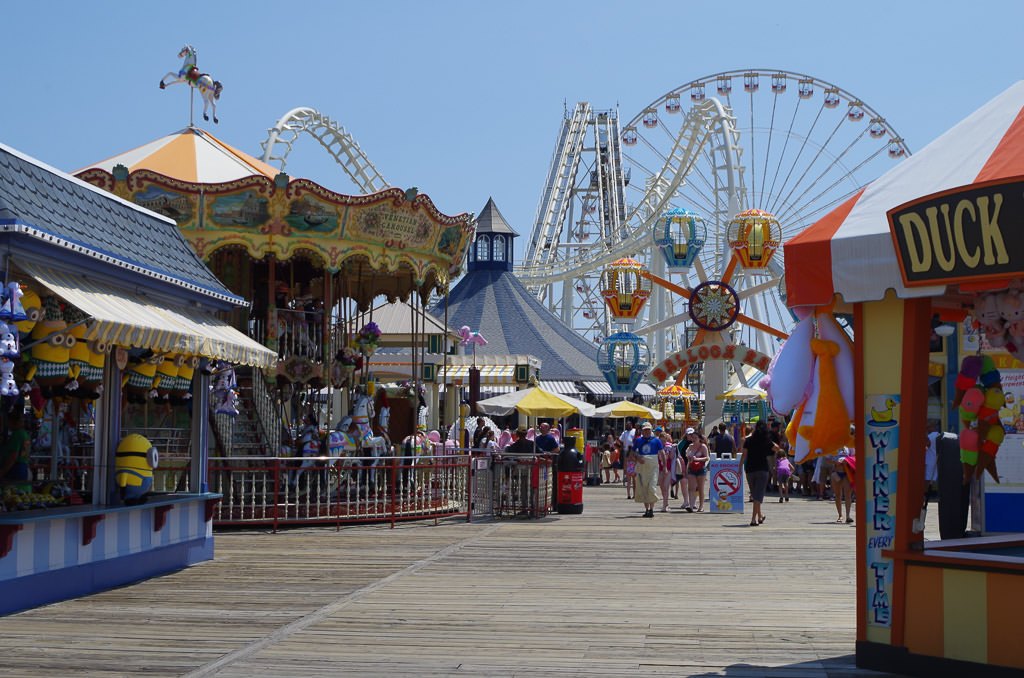 Crows and rides at the Wildwood boardwalk